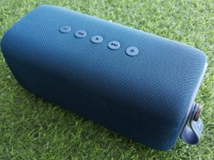 Fresh 'n Rebel Rockbox Bold